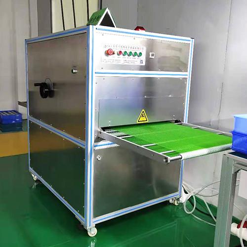 吸塑包装盒自动除尘机